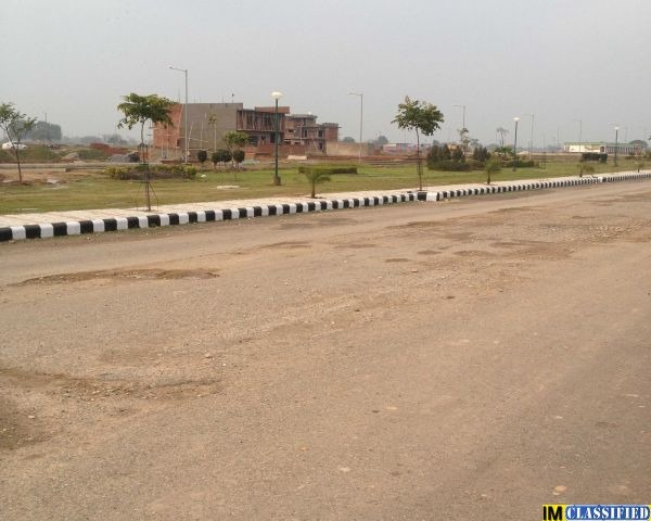200 Sq yrd Plot in Mohali Sector 78 - 1/1
